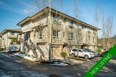 Klahanie End Unit Townhome for sale: The Currents 2 + den 1,241 sq.ft. (Listed 2019-04-23)